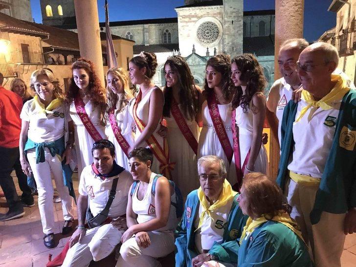 Al filo de las 21:45 horas volaba el cohete anunciador de lo más granado de las fiestas de San Roque, ¡Sigüenza está de fiesta!