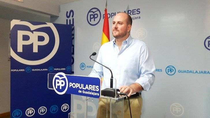 El PP denuncia que Guadalajara pierde 3 millones en inversiones con los presupuestos regionales del sociaista Page y los comunistas de Podemos