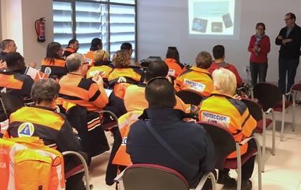 50 voluntarios de 12 agrupaciones de protección Civil de Guadalajara reciben formación sobre el uso de desfibriladores