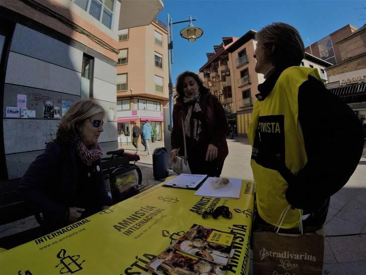 Amnistía Internacional sale a las calles de Castilla-La Mancha por el derecho a la vivienda