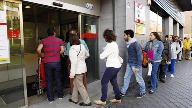 Baja el paro en Guadalajara en 370 personas mientras sube en el resto de Castilla-La Mancha