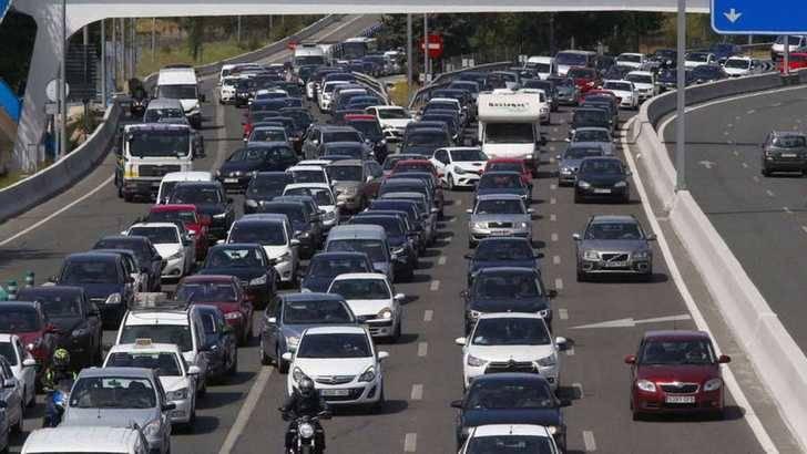 Las carreteras de Guadalajara registrarán 220.000 desplazamientos en el puente de la Constitución