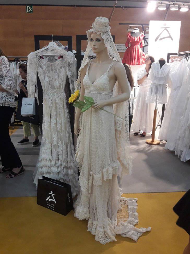 Los estampados arriesgados y la evolución de las prendas de Baño como vestuario de calle serán tendencia en el verano 2018