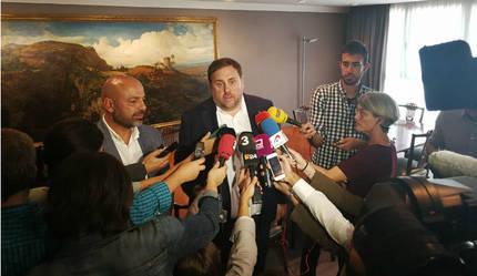El PP exige a Page el cese fulminante de su vicepresidente que hoy se reúne con Junqueras o, si no, que dimita él