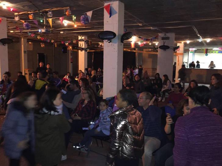 Sesenta seteros comparten una tarde familiar en el local social de la Plaza Mayor de Quer