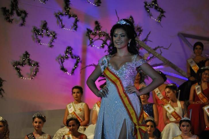 La joven Delia Timisan de Villanueva de Alcardete, coronada Reina de La Mancha 2017