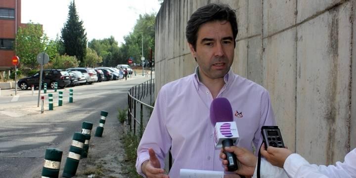 "Situacion caótica : ""Se cae el techo de un quirófano del Hospital de Guadalajara'"