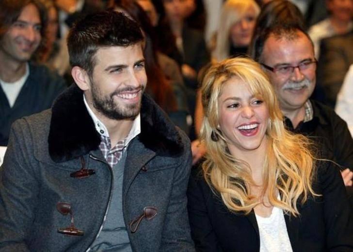Piqué y Shakira desmienten su separación en las redes