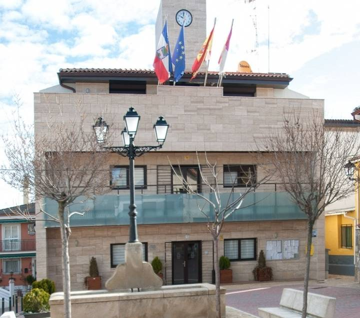 """""""El alcalde de Yebes oculta una reclamación millonaria al Ayuntamiento que puede llevar a la ruina al municipio"""""""