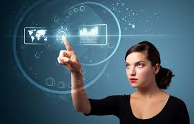 Booking.com, nuevo programa de becas para Women in Technology