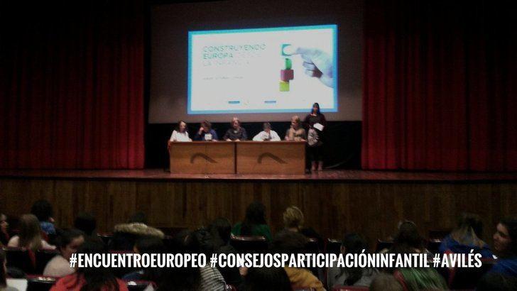 Dos jóvenes de Alovera participan en el I Encuentro de Consejos de Participación de Avilés