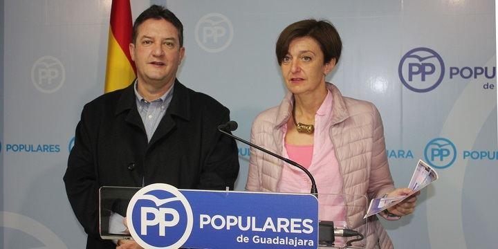 """La senadora Ana González dice que 'Page pasea por FITUR para prometer las mismas mentiras que anunció hace dos años con la Red de Hospederías"""""""