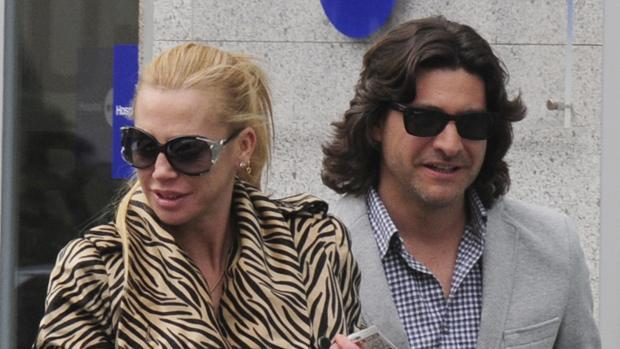 La justicia da la razón a Belén Esteban y Toño Sanchís le tendrá que pagar 600.000 euros y las costas