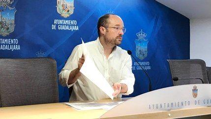 """Ciudadanos (Cs) critica que el Ayuntamiento de Guadalajara """"subvencione pantallas de plasma a las iglesias"""""""