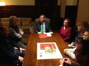 El fondo documental del Orfeón Santa Teresa pasa a ser custodiado por el Ayuntamiento de Guadalajara