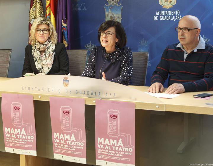 """Del 30 de abril al 6 de mayo, 119 establecimientos de Guadalajara participarán en la campaña """"Mamá va al Teatro"""""""