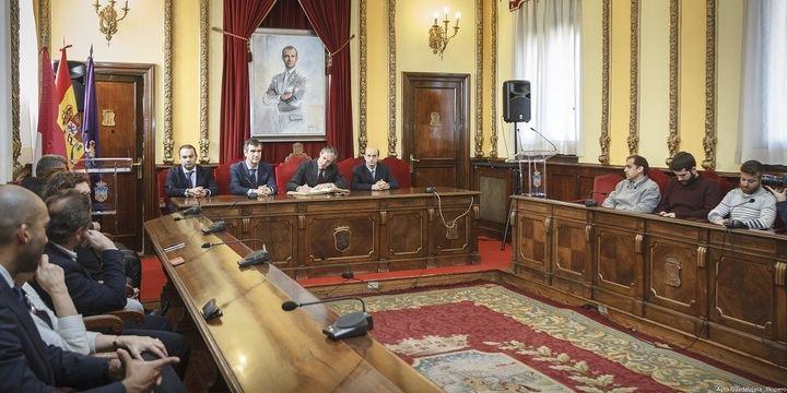 Román traslada al ministro de Fomento cuestiones relativas a la mejora de la conectividad entre Guadalajara y Madrid