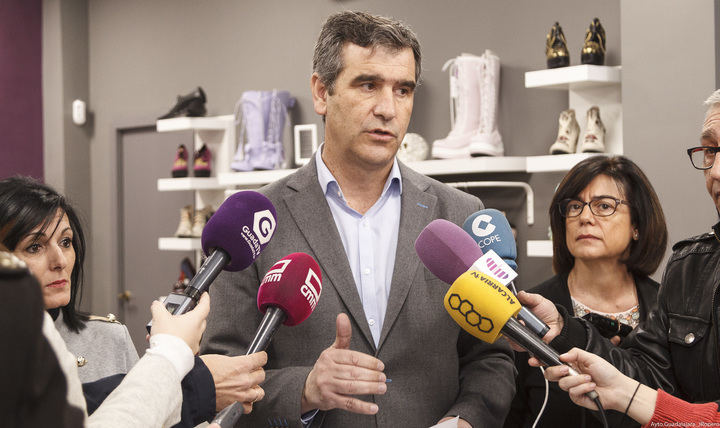 El 70% de los trabajos generados a través de las ayudas del ayuntamiento de Guadalajara para el fomento del empleo son indefinidos