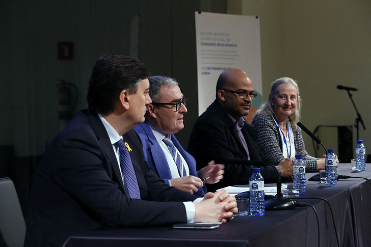 Villanueva de la Torre participa en el XIII Encuentro de la Red Estatal de Ciudades Educadoras en Lleida