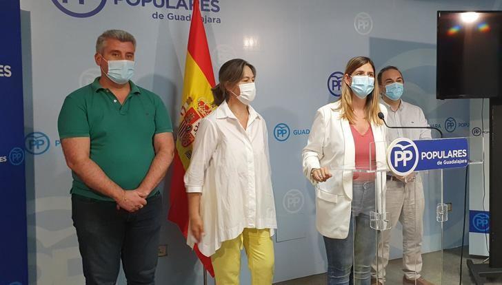 """Agudo anuncia en Guadalajara que el PP-CLM pedirá la comparecencia de la presidenta de la FEMP-CLM en las Cortes para que explique """"por qué el PSOE quiere meter la mano en los ahorros de los ayuntamientos"""""""