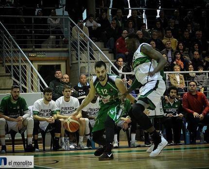 El ala-pívot gallego Norman Rey, segundo fichaje del Isover Basket Azuqueca en la temporada 2019-2020