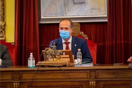 El alcalde de Guadalajara Alberto Rojo, aislado por el positivo en coronavirus de un contacto estrecho