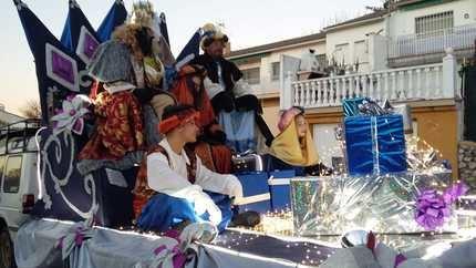 La fiesta de los Reyes Magos pone fin al programa de Navidad en Almonacid