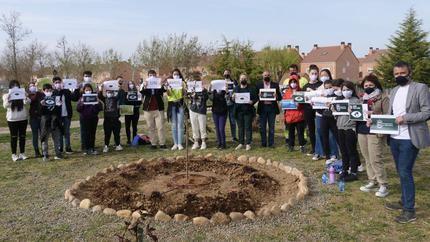 Alovera se suma al compromiso 'Un árbol por Europa' con su consejo de infancia y adolescencia