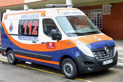 El Ayuntamiento de Azuqueca cede la ambulancia de Protección Civil al CEDT para reforzar el transporte de personas enfermas