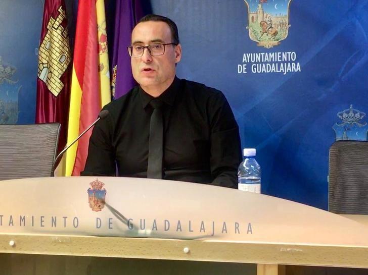 Vox propone crear para Guadalajara las figuras del Consejo Municipal de Mayores y del Defensor del Mayor, además de fomentar la natalidad con ayudas