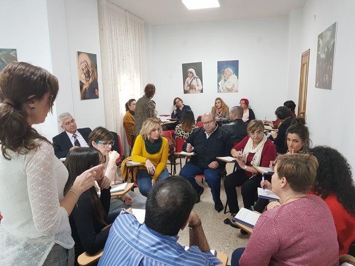ACESCAM debate sobre la gestión de sujeciones en la atención de las personas mayores
