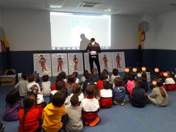 Tripulaciones, premios y motivación en la campaña 'Astronautas Lectores' de las bibliotecas de Yebes