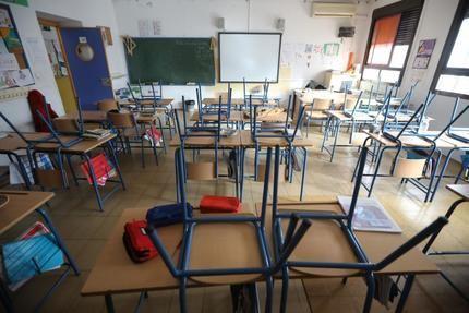"""CSIF estima que la Junta de Page debería haber afrontado la contratación de """"al menos 5.000 docentes"""""""