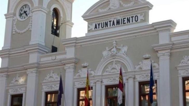 El Ayuntamiento de Guadalajara prestará atención social telefónica y ayudará a personas en situación de emergencia que no puedan salir de su vivienda a comprar (Tfno : 949 01 03 33)
