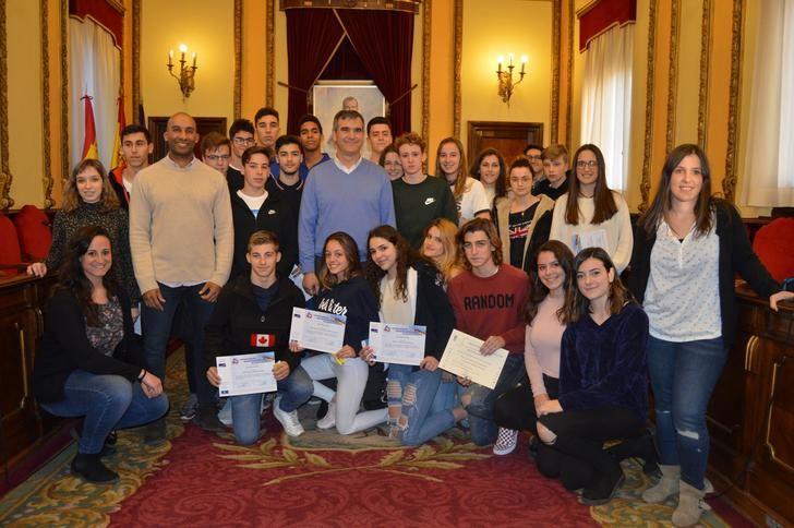 El Ayuntamiento de Guadalajara premia, un año más, la creatividad de los jóvenes