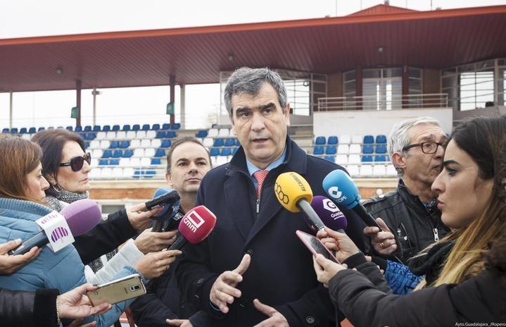 """El Ayuntamiento de Guadalajara renovará el pavimento de las pistas de atletismo de la Fuente de la Niña y acondicionará la """"calle 9"""""""