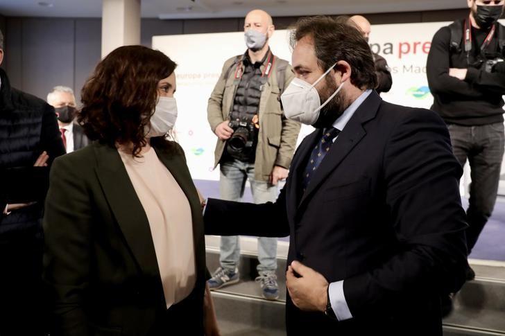 Núñez contrapone el modelo de gestión en libertad y con eficacia de Ayuso en Madrid frente al de la descalificación y la prohibición de Page en CLM
