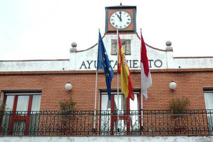 El Ayuntamiento de Azuqueca convoca los procesos para crear bolsas de empleo de conserjes y operarios