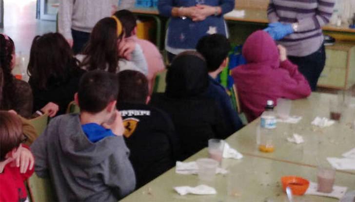 El Ayuntamiento de Azuqueca ha distribuido en marzo y abril más de 800 vales por más de 20.000 euros en el Programa de Apoyo Nutricional para Menores