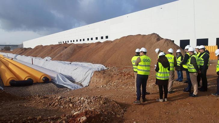 Azuqueca, el primer municipio que incorpora en los nuevos desarrollos industriales drenajes sostenibles para gestionar el agua de lluvia