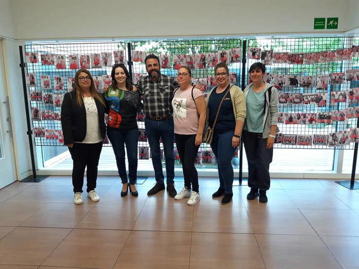Hasta el día 28, se exponen en el Centro de Ocio de Azqueca las imágenes de Az+Fotos del proyecto 'El Tutú más amable'