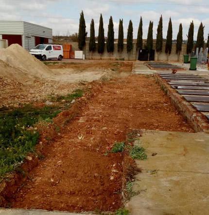 El Ayuntamiento de Azuqueca realiza obras en el cementerio para dar respuesta al incremento de la demanda por el coronavirus