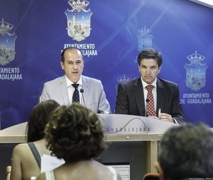 Así es como PSOE y Ciudadanos van a repartirse el Ayuntamiento de Guadalajara