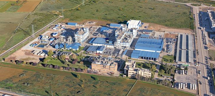 La escasez de chips semiconductores obliga a BASF a activar un ERTE para su plantilla de Marchamalo