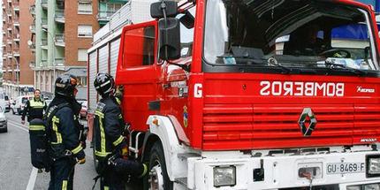 75 personas han sido desalojadas este lunes en tres edificios en la calle Maruja Mallo de Guadalajara capital por un escape de gas