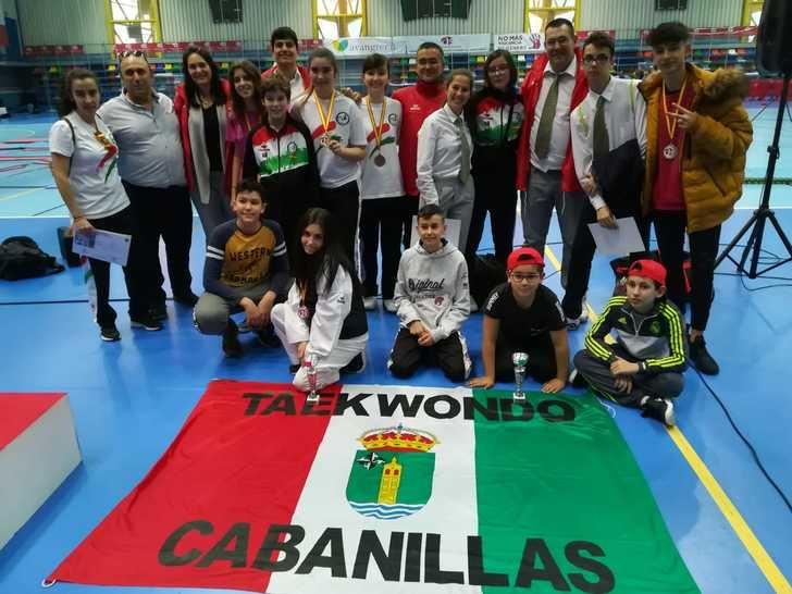 Campeonato regional junior de Combate y Ténica de Tekwondo en Azuqueca