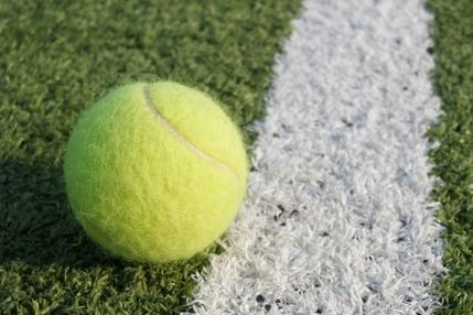 Suvicasa lanza una oferta de empleo de monitor de tenis para las Escuelas Deportivas Municipales de Cabanillas