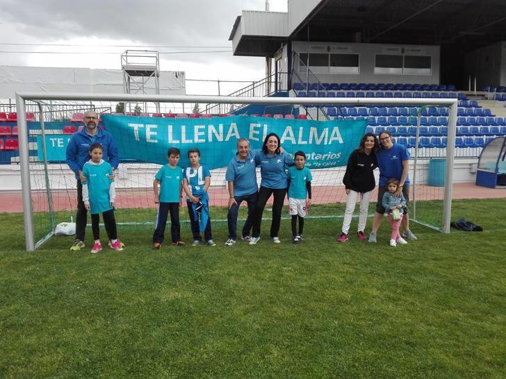 """Los voluntarios de """"la Caixa"""" en Guadalajara celebran una jornada lúdica y festiva con 25 niños en situación de vulnerabilidad"""