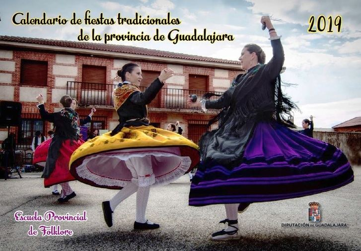 El calendario de fiestas tradicionales 2019 de la Diputación de Guadalajara está dedicado a la Escuela de Folklore