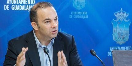 Jaime Carnicero destaca la mejora de la gestión del servicio de agua de Guadalajara tras la profesionalización del mismo